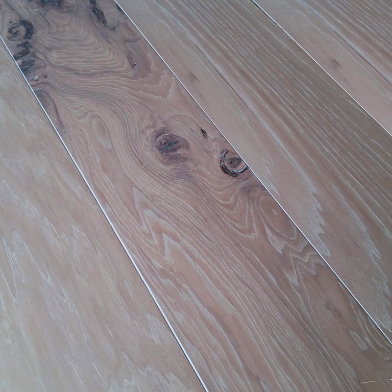 "1/2"" x 7 1/2"" Wire Brushed Hickory Flooring - Grand Teton"